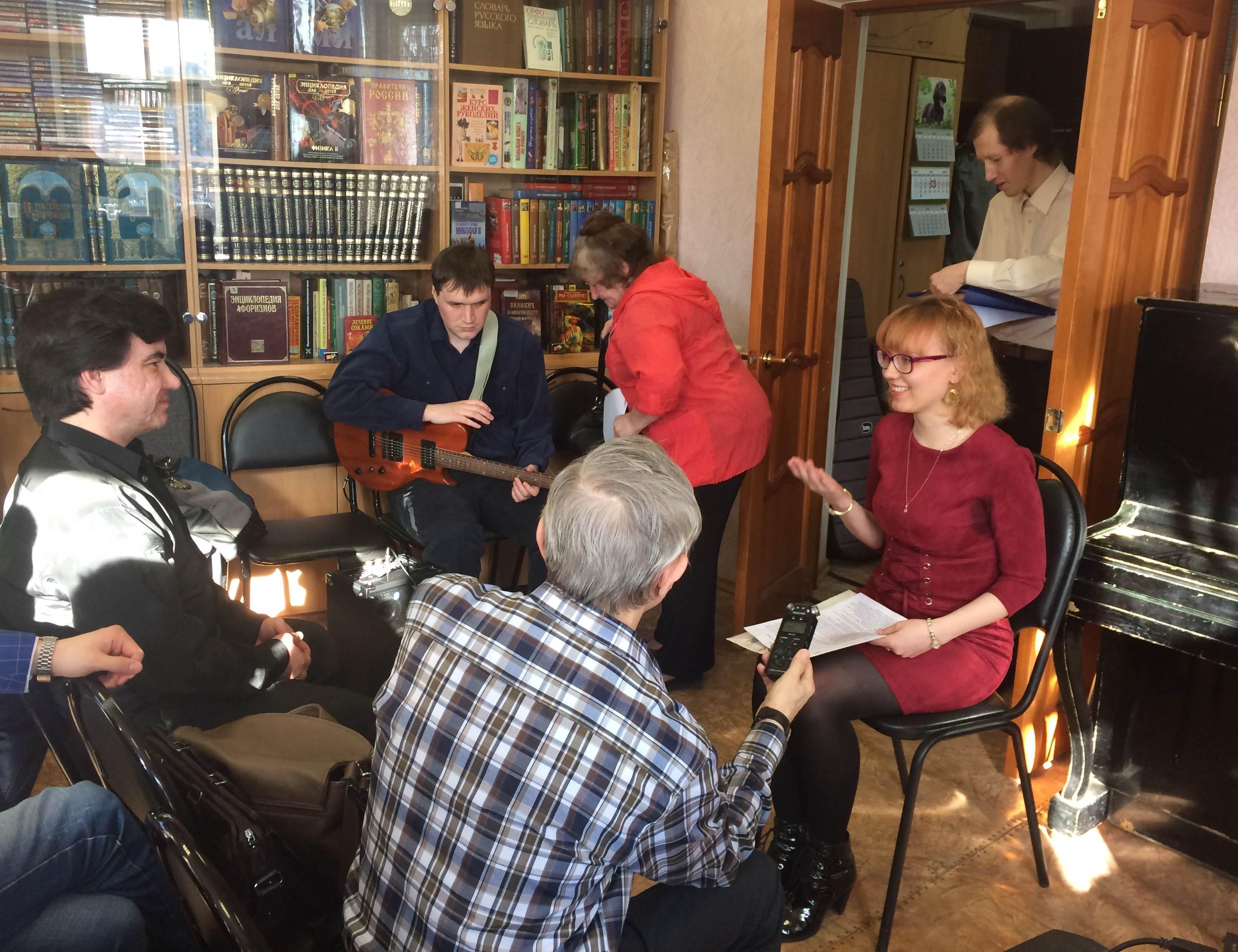 Вечер встречи молодых поэтов